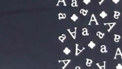 アルファベット柄のれん